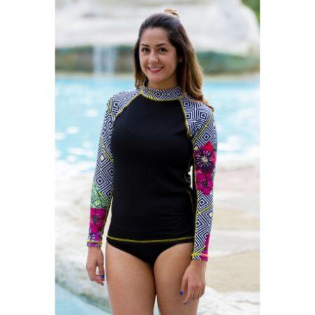 camiseta para nadar de mujer con filtro solar